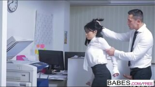 Naughty porn eating Japanese secretary in the office