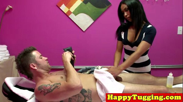 Hot Thai massage with a happy ending
